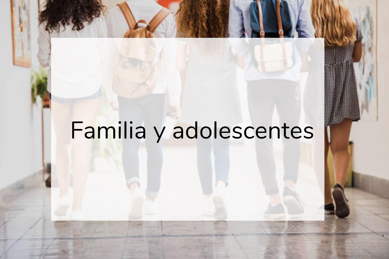 portada adolescentes en clase con título familia y adolescentes coach